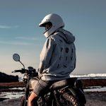 Moet je een helm dragen op een elektrische scooter?